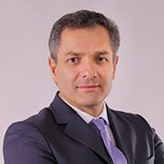 Dr. Gustavo Petroni