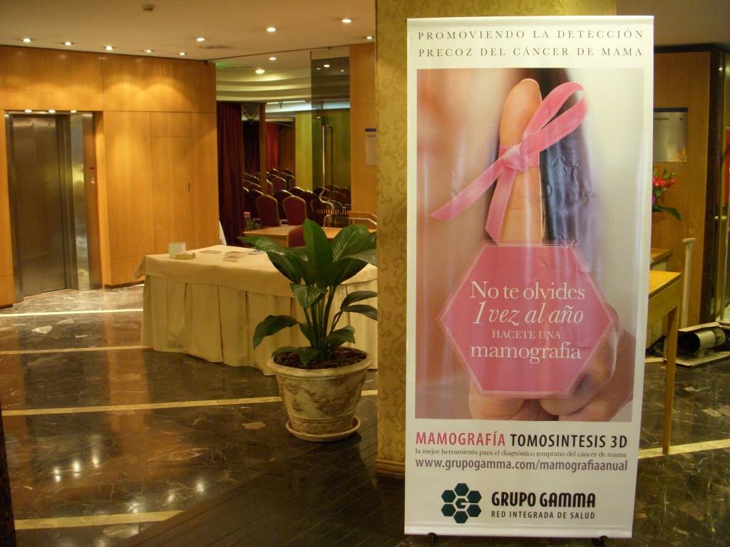Grupo Gamma promoviendo la concientización del cáncer de mama
