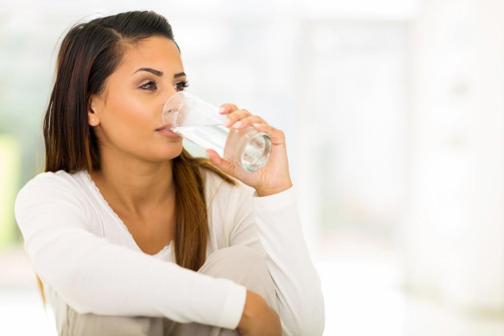 ¿Por qué es importante tomar agua?