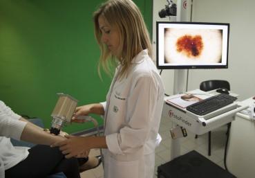 Dermatoscopía Digital - Dra. María Clara Bernardini