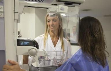Mamografía Sintetizada: Avance en la Detección del Cáncer de Mama