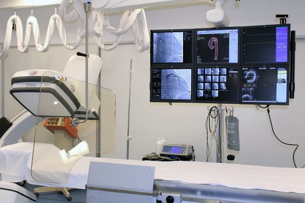 Servicio de Cardiología Intervencionista y Tratamientos Endovasculares (Hemodinamia) - Grupo Gamma