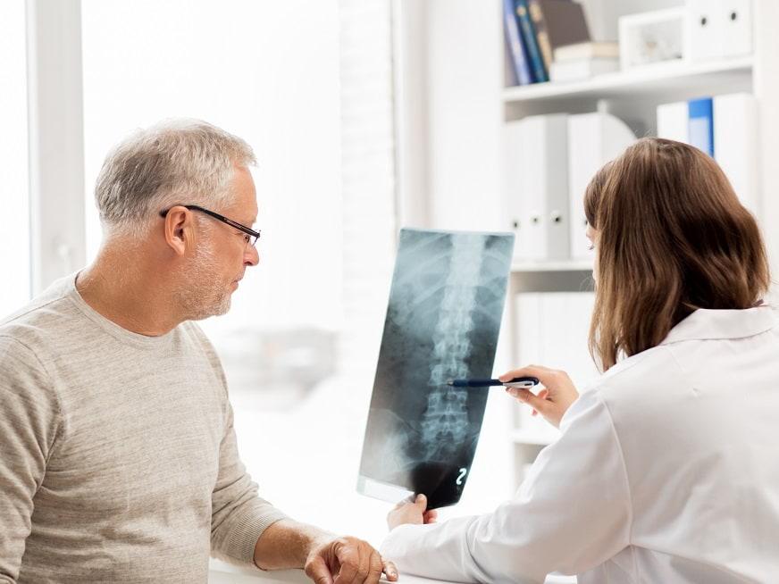 Espondilitis anquilosante: Síntomas y tratamientos