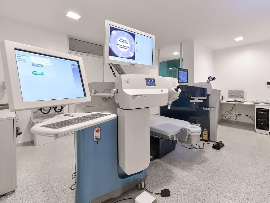 Grupo Gamma incorpora plataforma tecnológica dual ALCON única en Rosario para cirugía refractiva