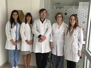 Premiación a profesionales de Grupo Gamma en el último Congreso de Oncología